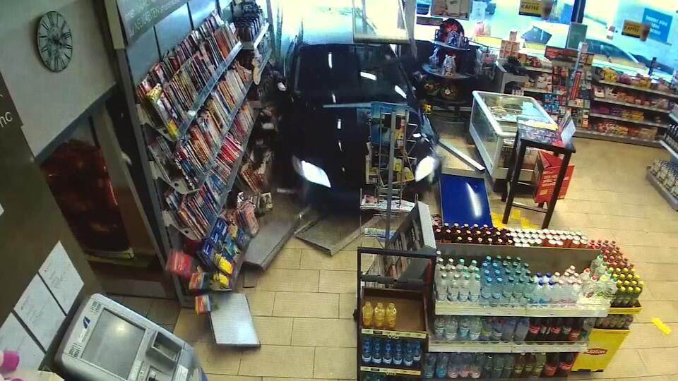 Bild zu Tankstelle