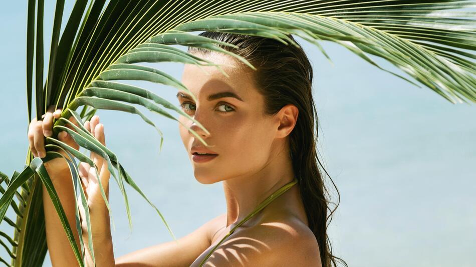 Kosmetik, Beauty, Strand, Urlaub, Sommer, Schönheit, Haut, Haare, Makeup, Sonnenschutz, UV, Sonne