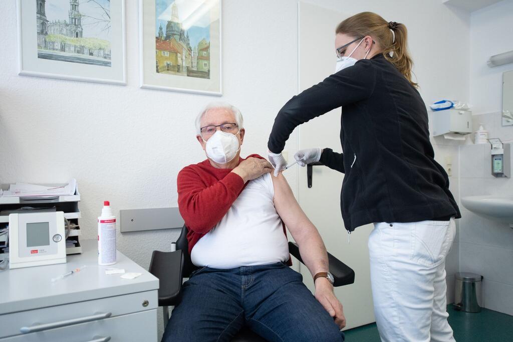 Coronavirus - Impfung in Hausarztpraxen