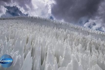 Der Eis-Tsunami – ein atemberaubendes Naturphänomen