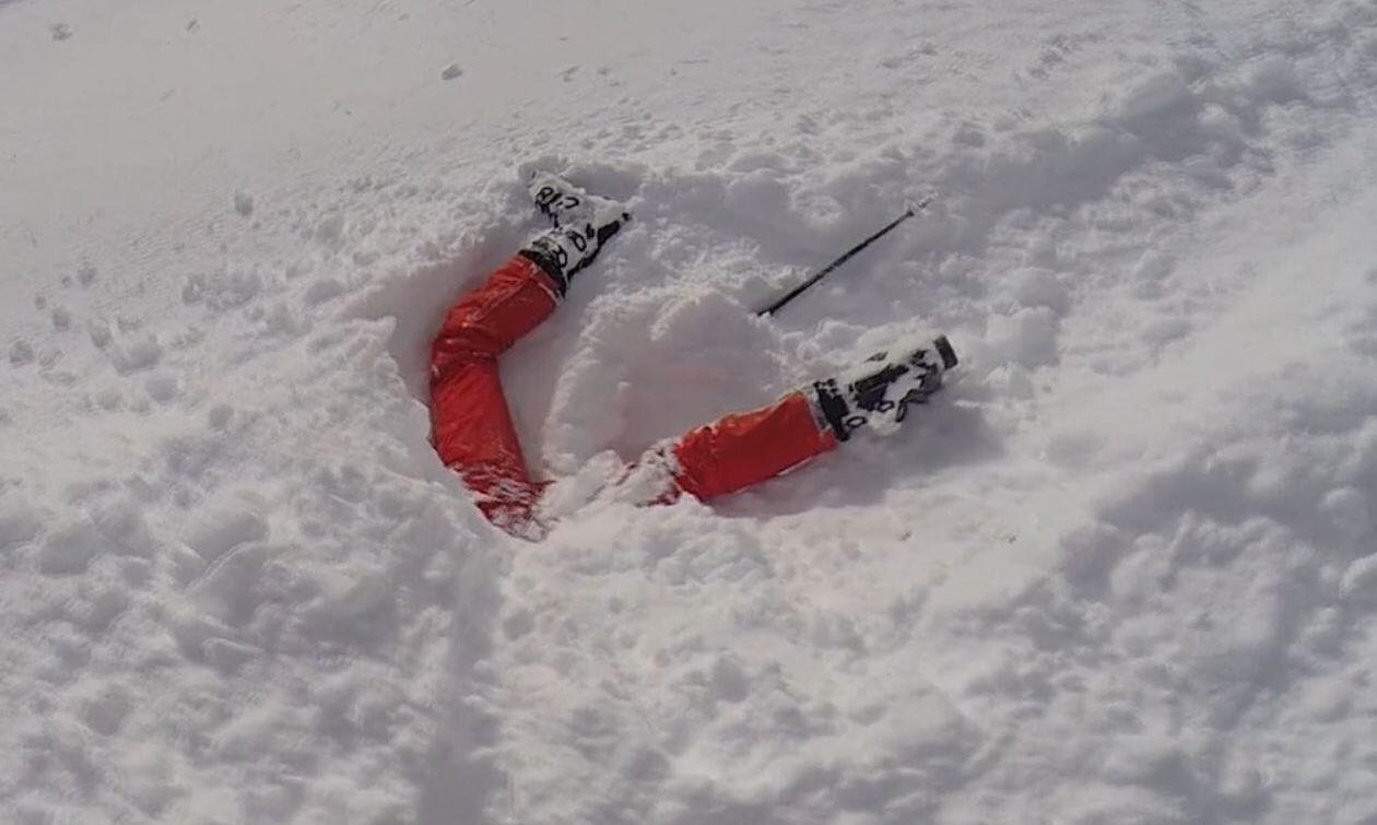 Bild zu Sturz, Tiefschnee, Skiunfall