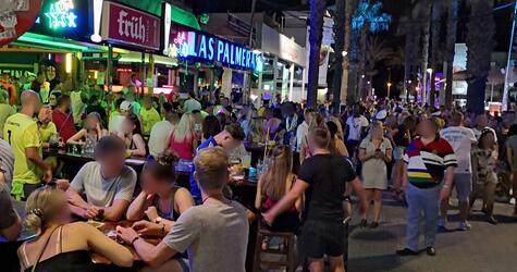"""Party an der """"Bierstraße"""" auf Mallorca"""