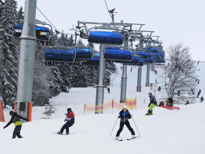 Bild zu Skifahrer im Schwarzwald