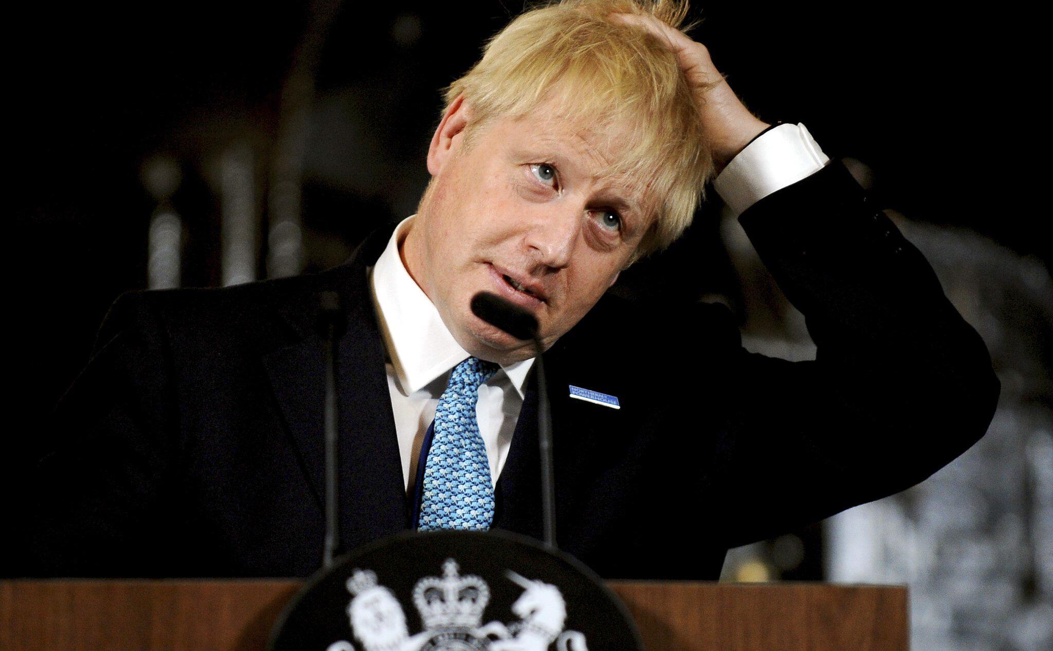 Bild zu Johnsons Mehrheit im Parlament geschmolzen