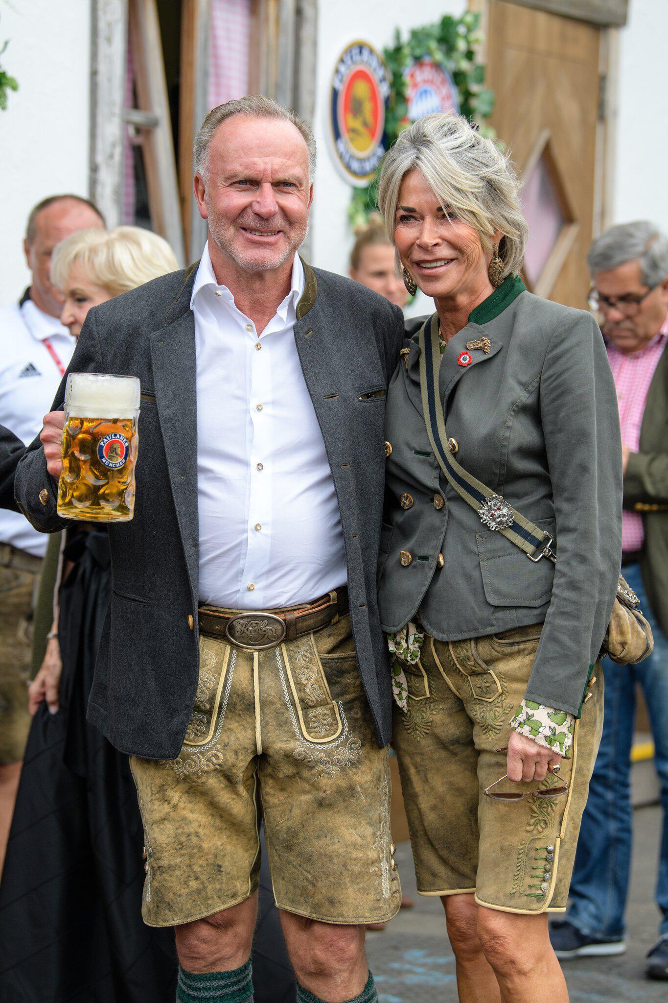 Bild zu Oktoberfest - FC Bayern at the Wiesn