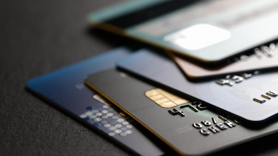 Kreditkarte, Anbieter, beantragen, kostenlos, Konto, sicher
