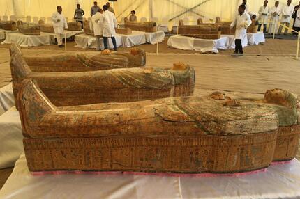 3000 Jahre alte Holzsärge mit Mumien entdeckt