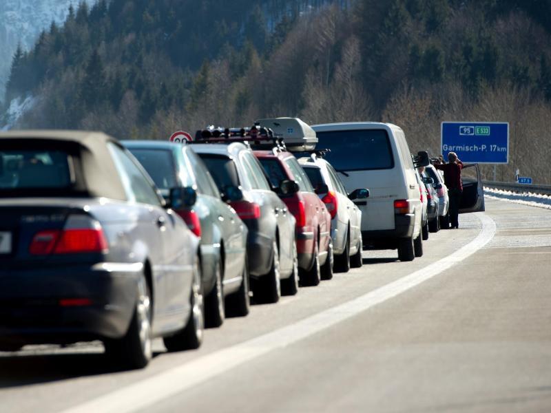 Bild zu Auf den Autobahnen wird es voll