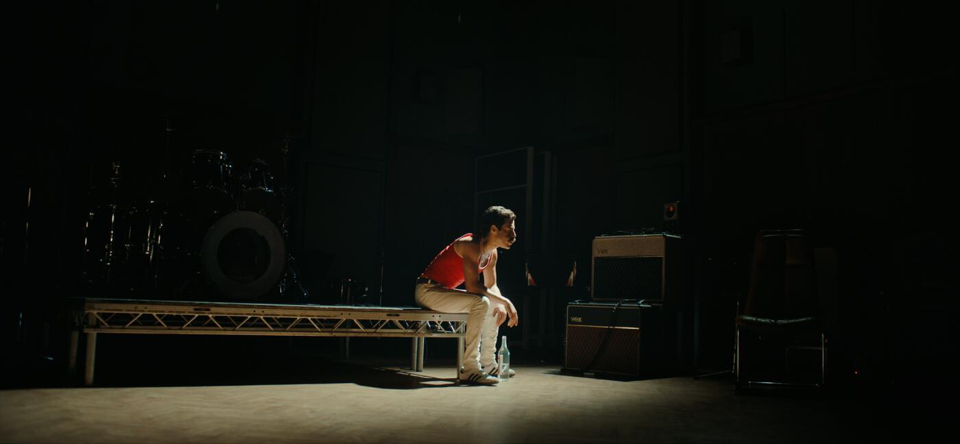 Bild zu Rami Malek als Freddie Mercury