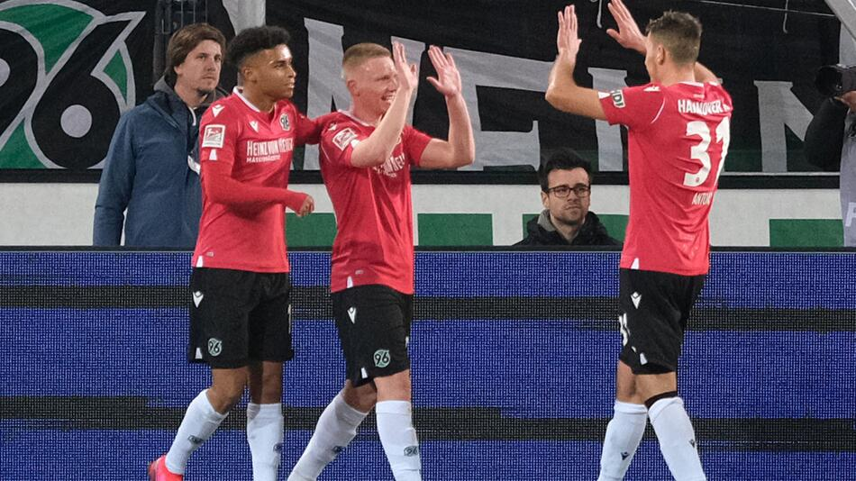 Hannover 96 - Holstein Kiel