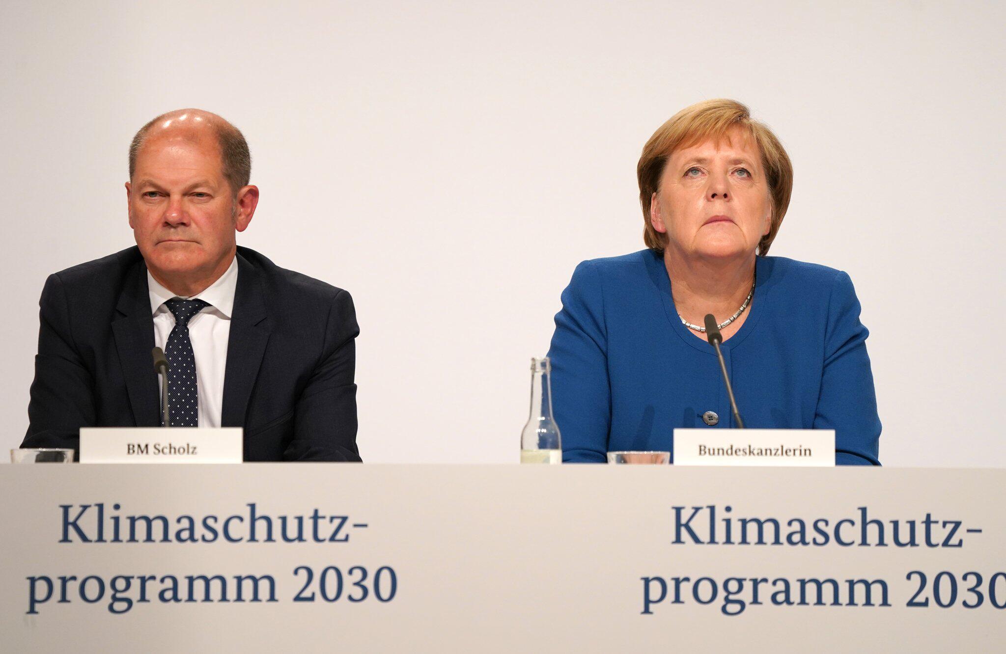 Bild zu Klimakabinett der Bundesregierung - Pressekonferenz
