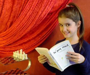 Aurélie Litaer lernt Klingonisch