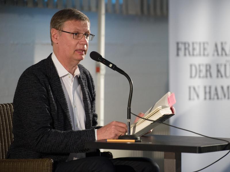 Bild zu Lesung in Erinnerung an Literaturkritiker Karasek