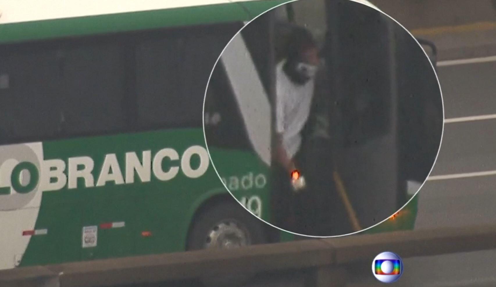 Bild zu Bus-Entführung Brasilien