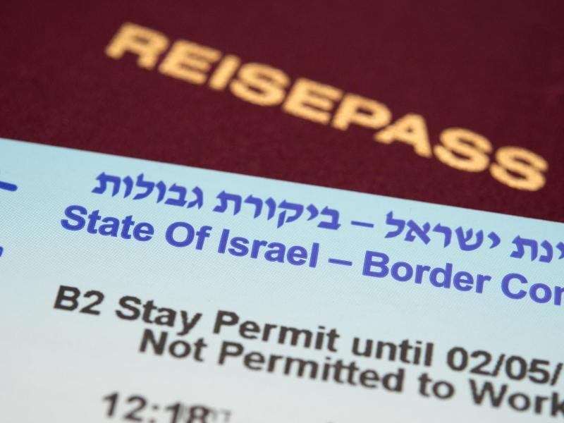 Bild zu Boarder Control-Zettel und Reisepass