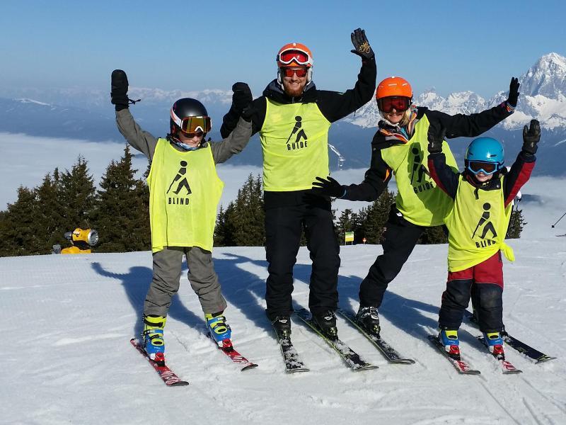 Bild zu Blinde Skifahrer