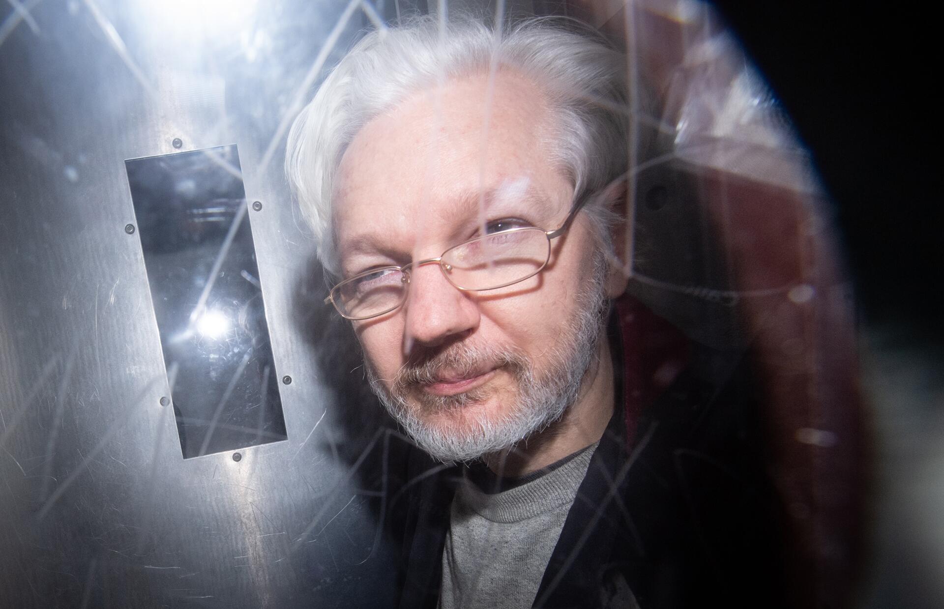 Bild zu Partnerin bittet Gericht um Freilassung von Assange