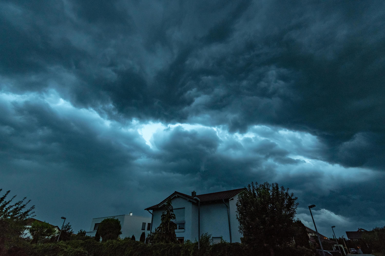 Bild zu Gewitter, Bayern, Wetter, Straubing