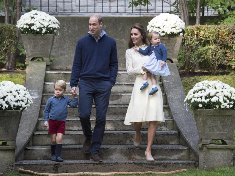 Bild zu Royale Familie