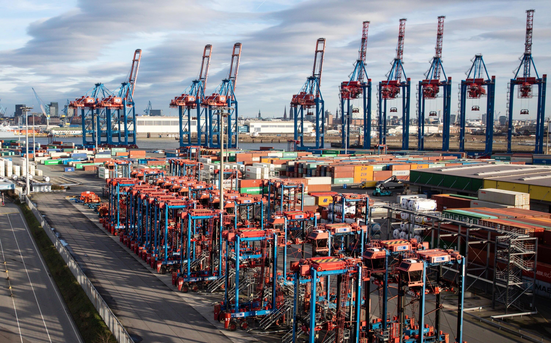 Bild zu Auslandsgeschäft, Unternehmen, Hamburg, Hafen, Container