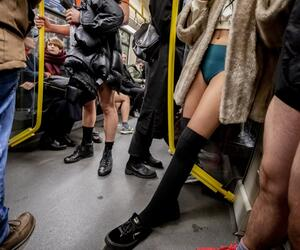 "Aktion ""No Pants Subway Ride"""