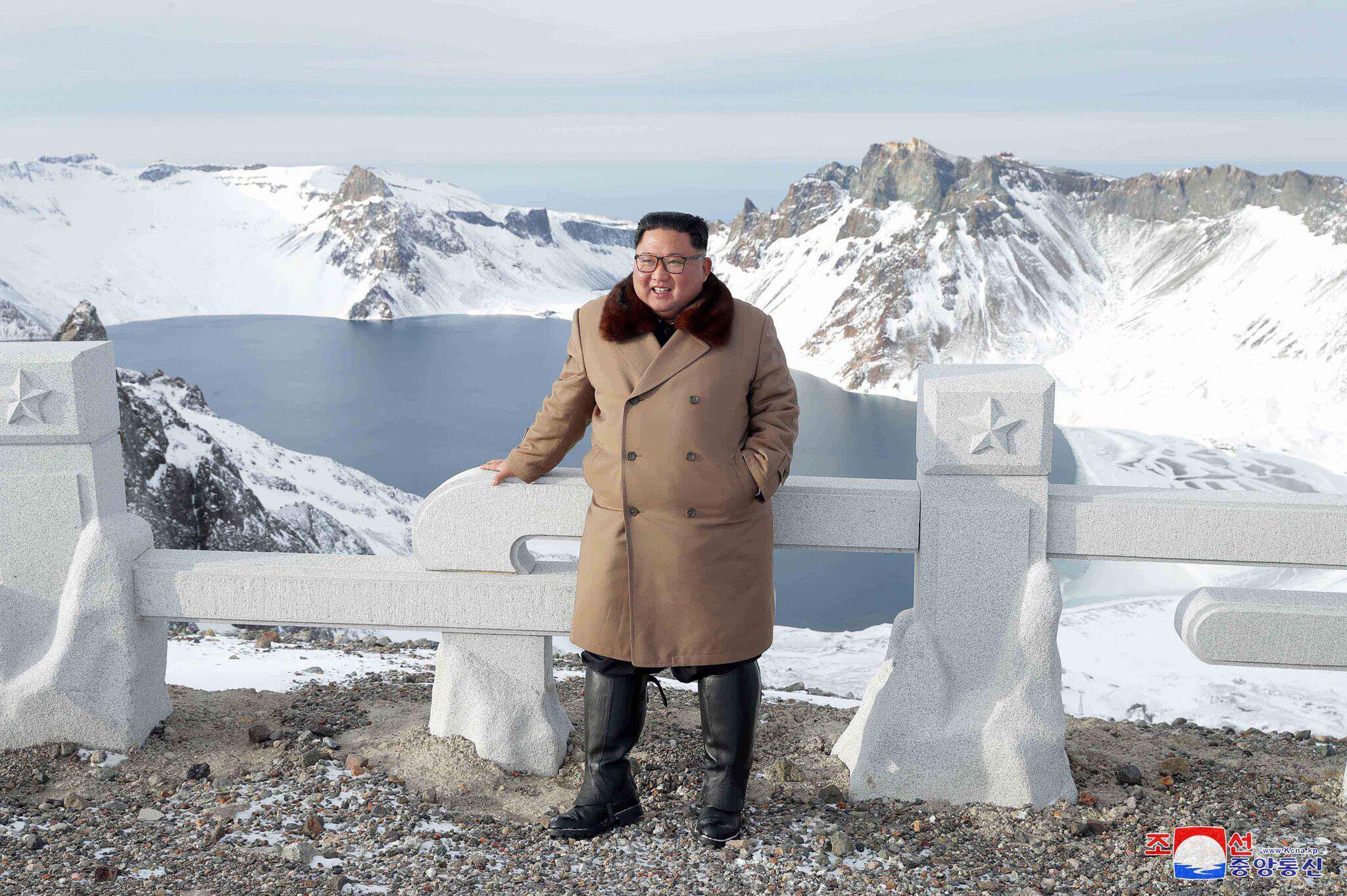 Bild zu Kim Jong Un auf dem Paektusan