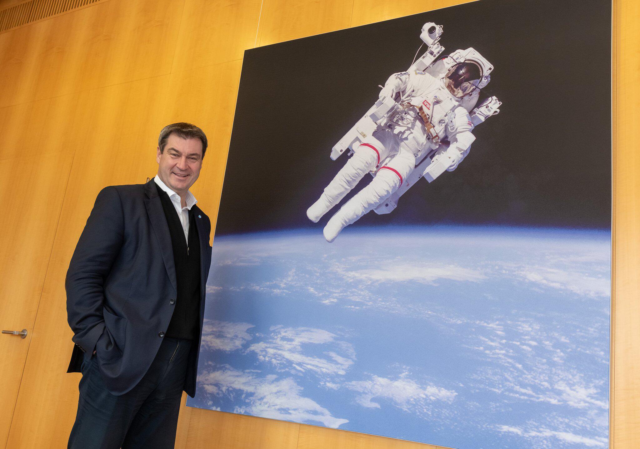 Bild zu Kaum Geld für Söders Raumfahrtprogramm - Opposition spottet