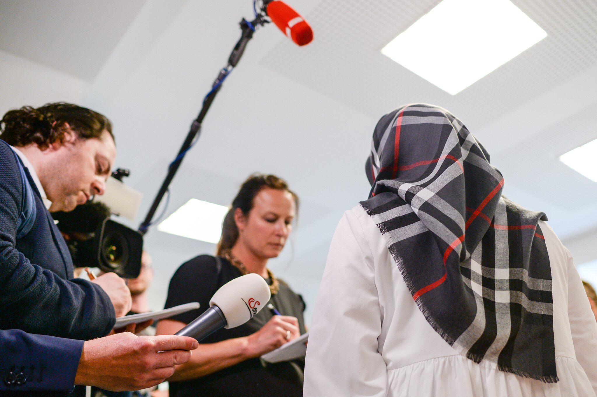 Bild zu Klage zum Tragen eines Kopftuches im Unterricht