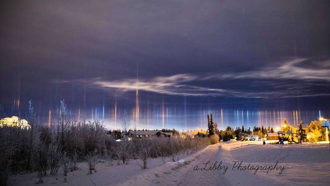 Bild zu Lichtsäulen in Alaska