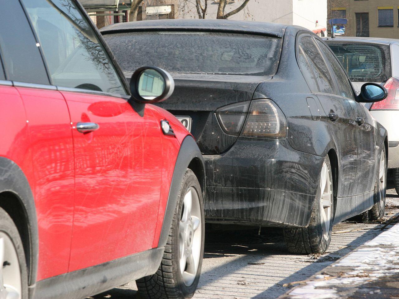 Bild zu Streusalz im Winter stellt für Ihr Auto eine Gefahr dar