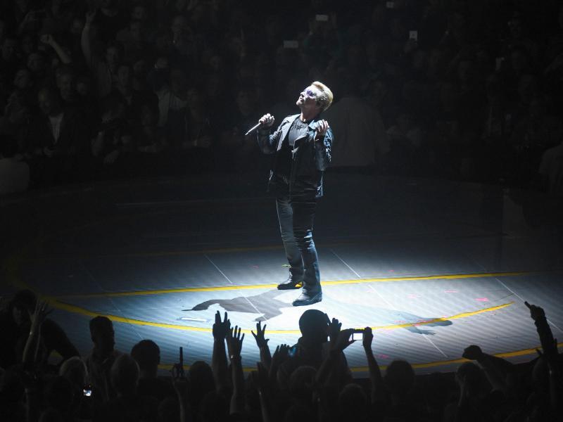 Bild zu Bono