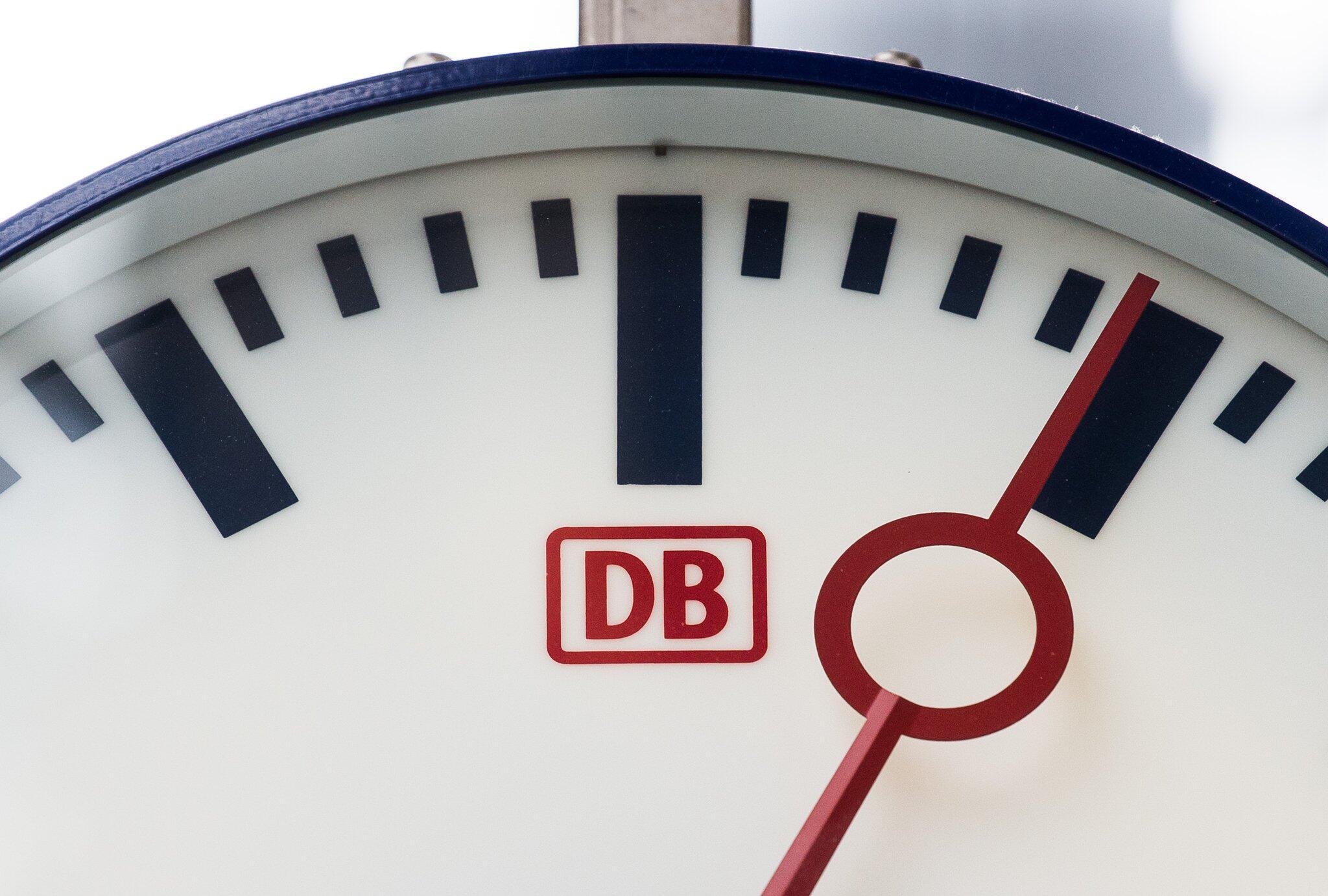 Bild zu Pünktlichkeit der Deutschen Bahn
