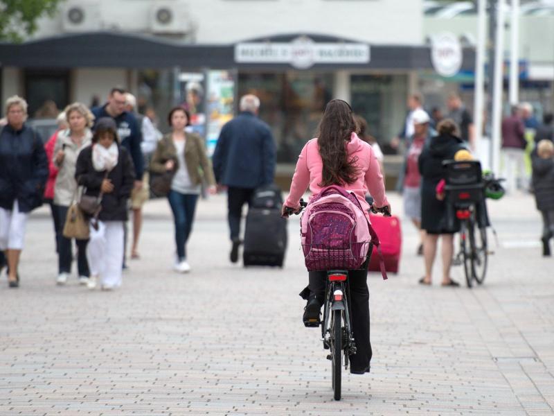 Bild zu Radfahrer in der Fußgängerzone