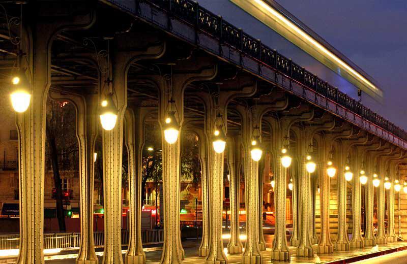 Bild zu Pont de Bir-Hakeim