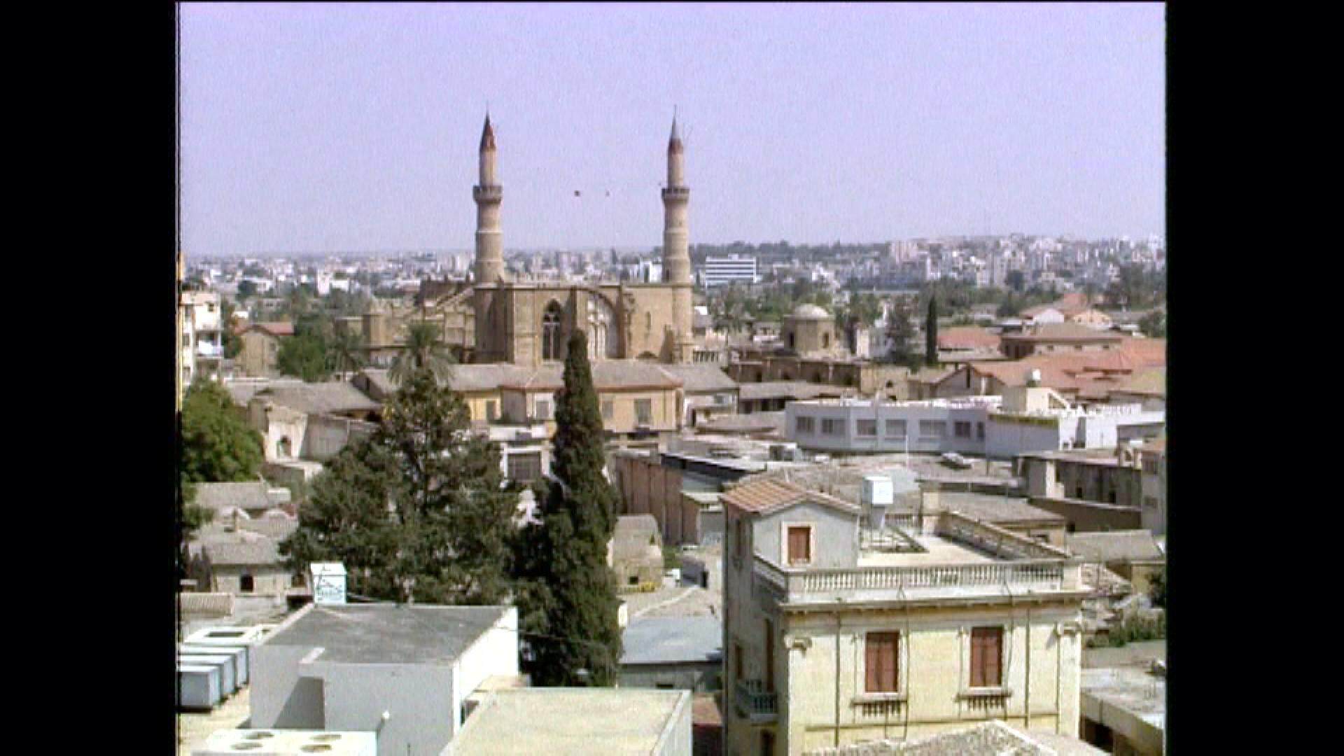 Bild zu Kirche/Moschee im türkischen Teil von Nicosia