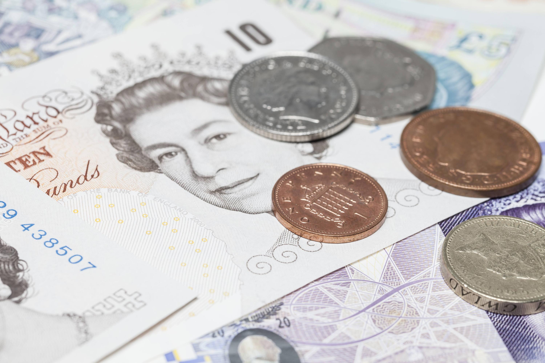 Bild zu Pfund Noten und Münzen
