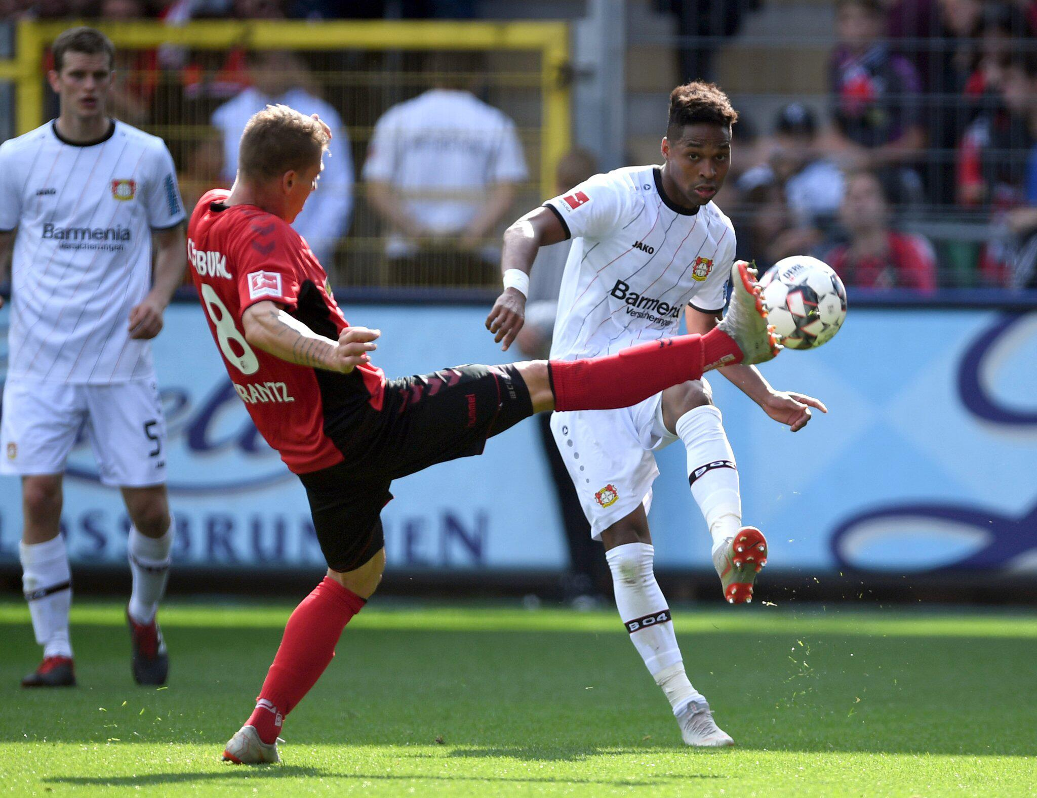 Bild zu SC Freiburg - Bayer Leverkusen