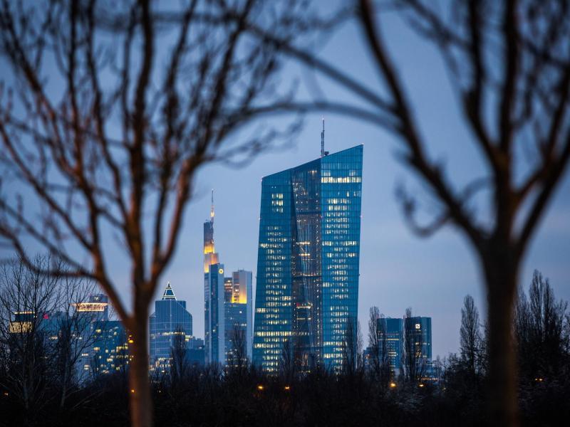 Bild zu EZB-Zentrale in Frankfurt/Main