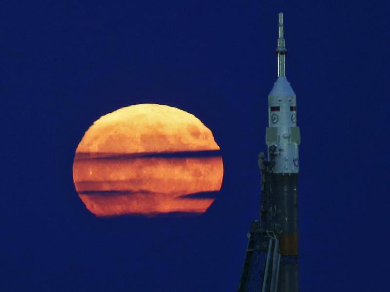 Bild zu Mond-Rakete