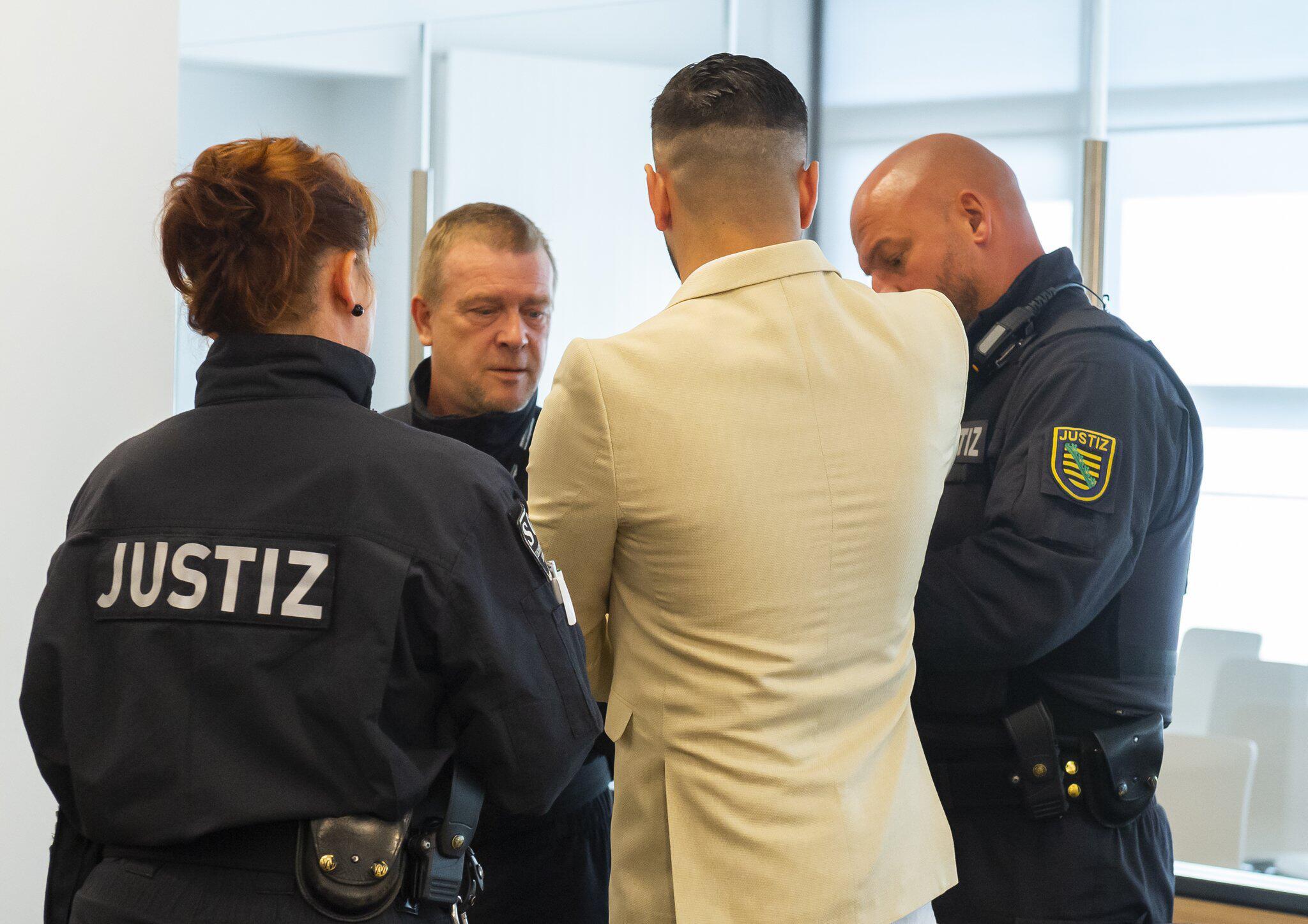 Bild zu Prozess um tödliche Messerattacke von Chemnitz