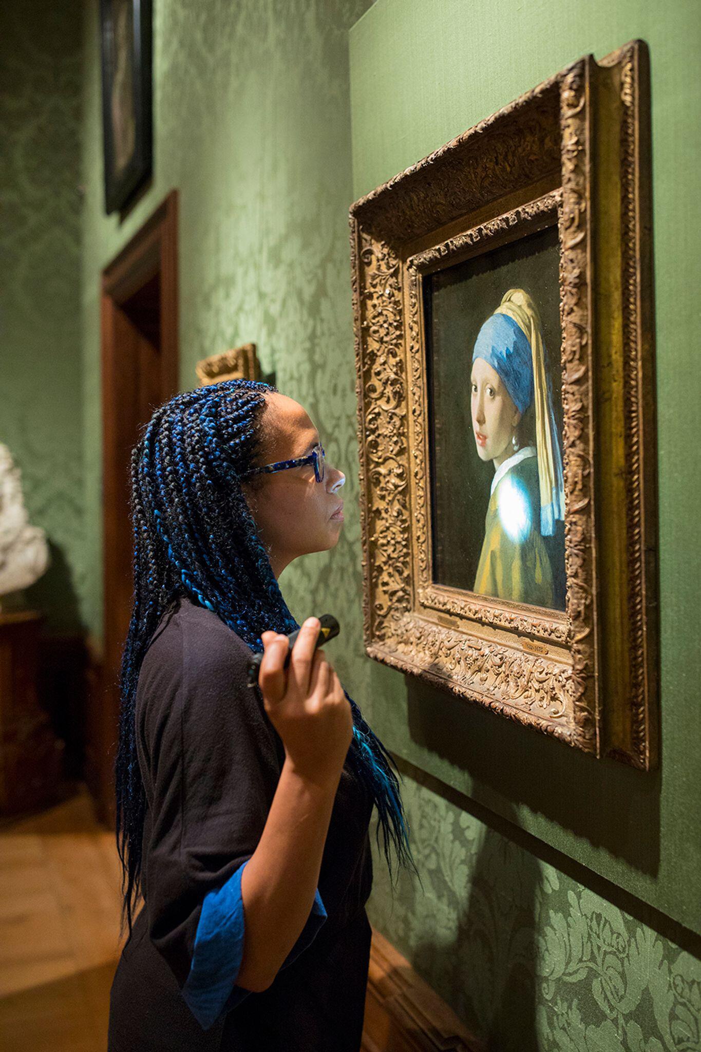 Bild zu Mädchen mit dem Perlenohrring