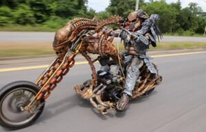Predator, Motorrad