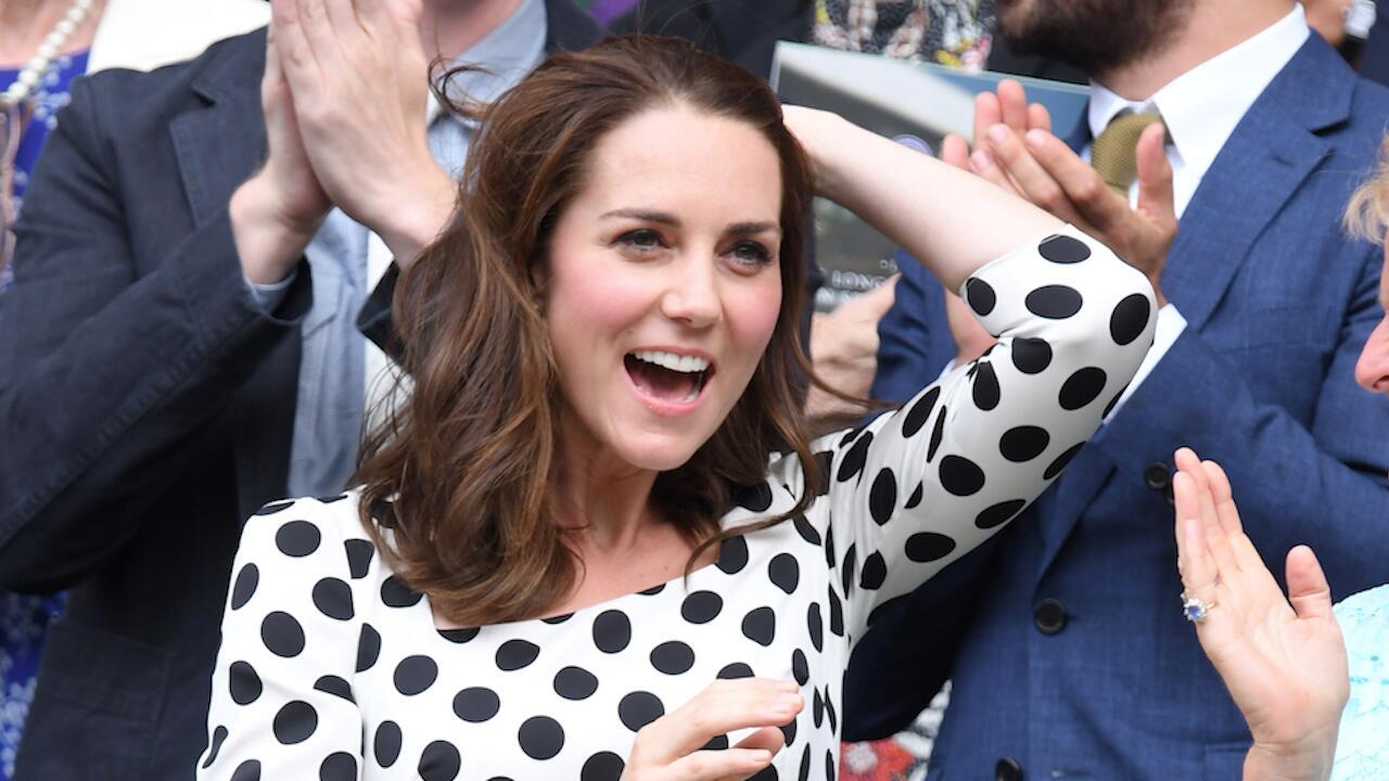 Bild zu Herzogin Kate. Haare ab! Ihre neue Frisur sieht toll aus