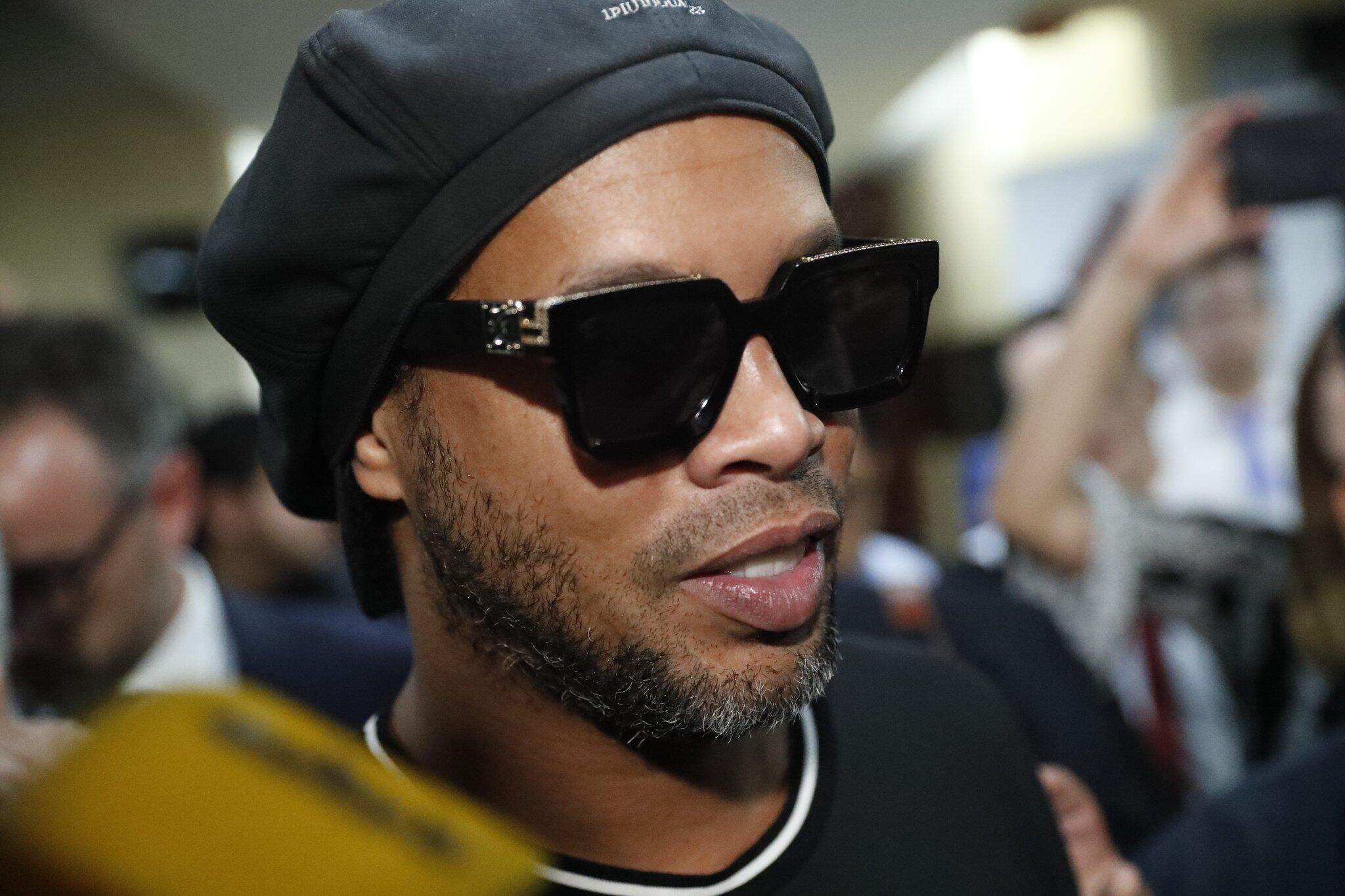 Bild zu Weltfußballer Ronaldinho