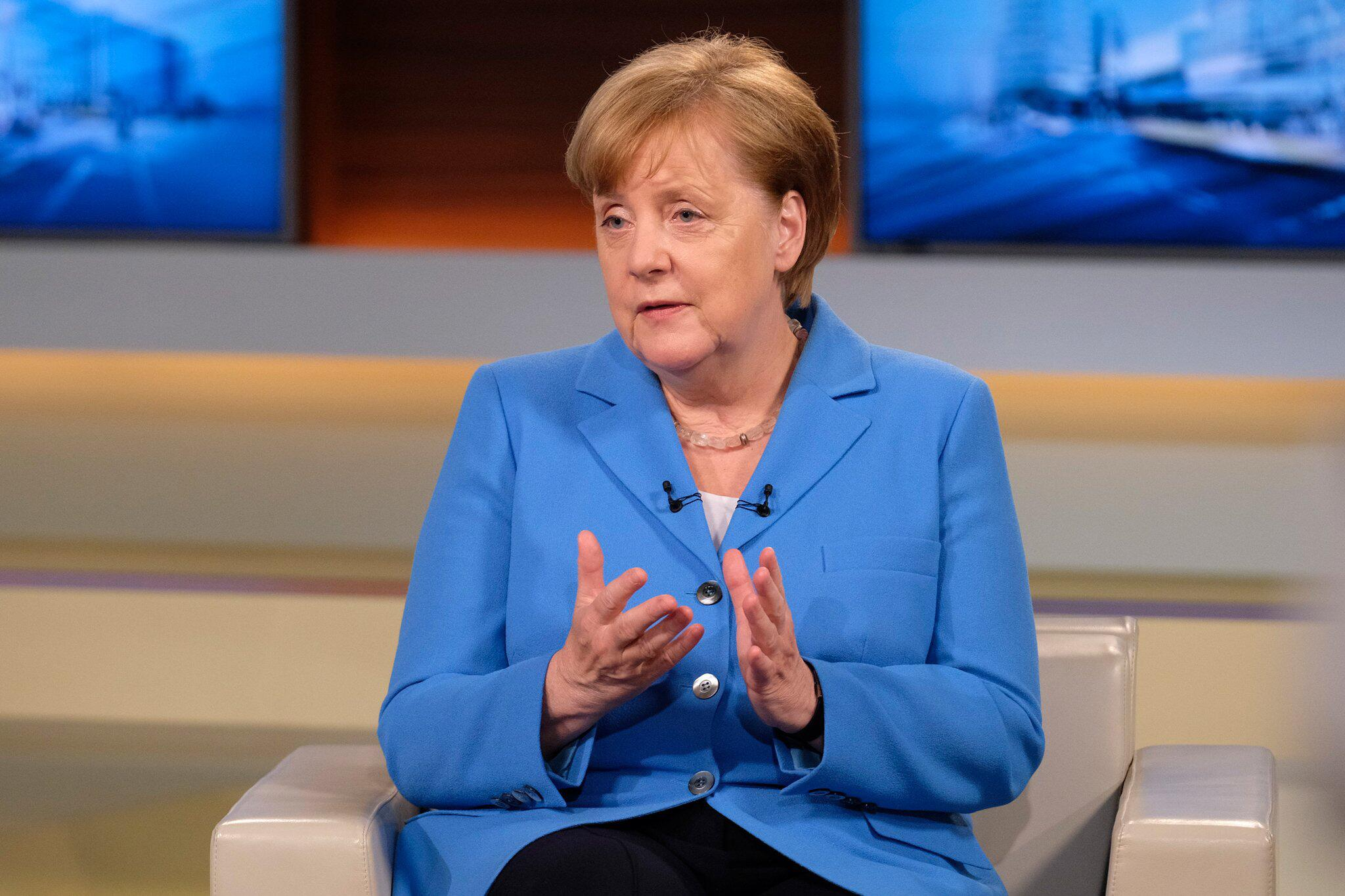 Bild zu «Anne Will» - Talkgast Angela Merkel