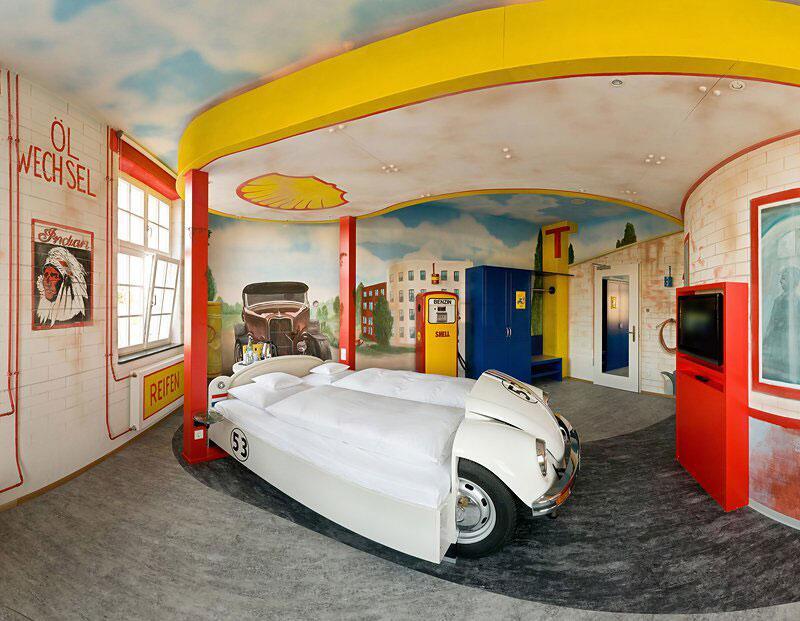 Bild zu V8 Hotel im Meilenwerk in Böblingen