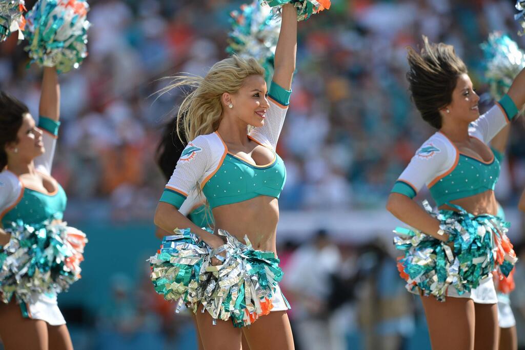 Miami Dolphins, Cheerleader, NFL