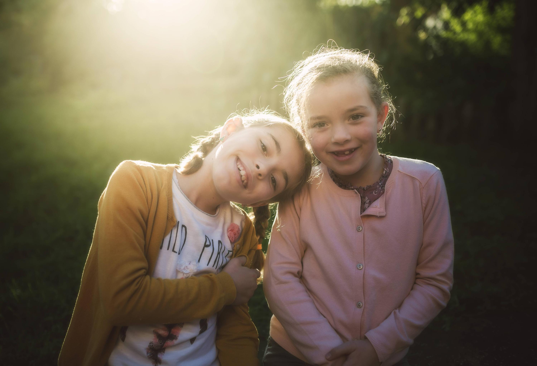 Bild zu Schwestern
