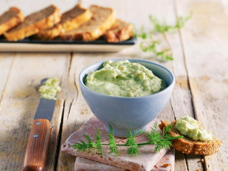 Bild zu Räucherlachs-Avocado-Dill-Aufstrich