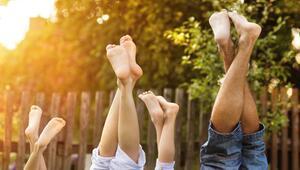 Schweissfüße, Fuß, schwitzen, Hitze, Sommer, Geruch, Sandale, Pflege